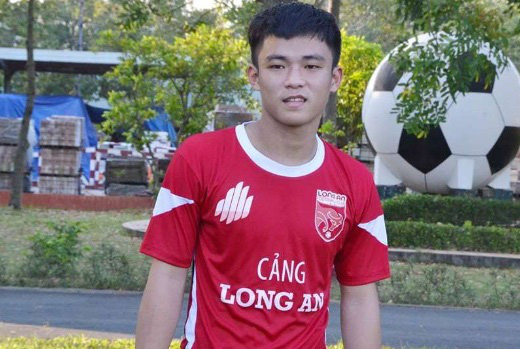 """9 tài năng bóng đá Việt """"chóng nở sớm tàn"""" gây luyến tiếc - Ảnh 7."""