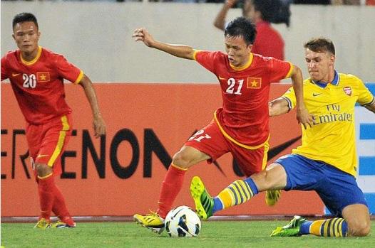 """9 tài năng bóng đá Việt """"chóng nở sớm tàn"""" gây luyến tiếc - Ảnh 8."""