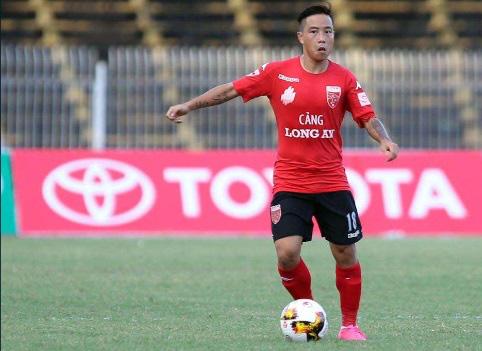 """9 tài năng bóng đá Việt """"chóng nở sớm tàn"""" gây luyến tiếc - Ảnh 9."""
