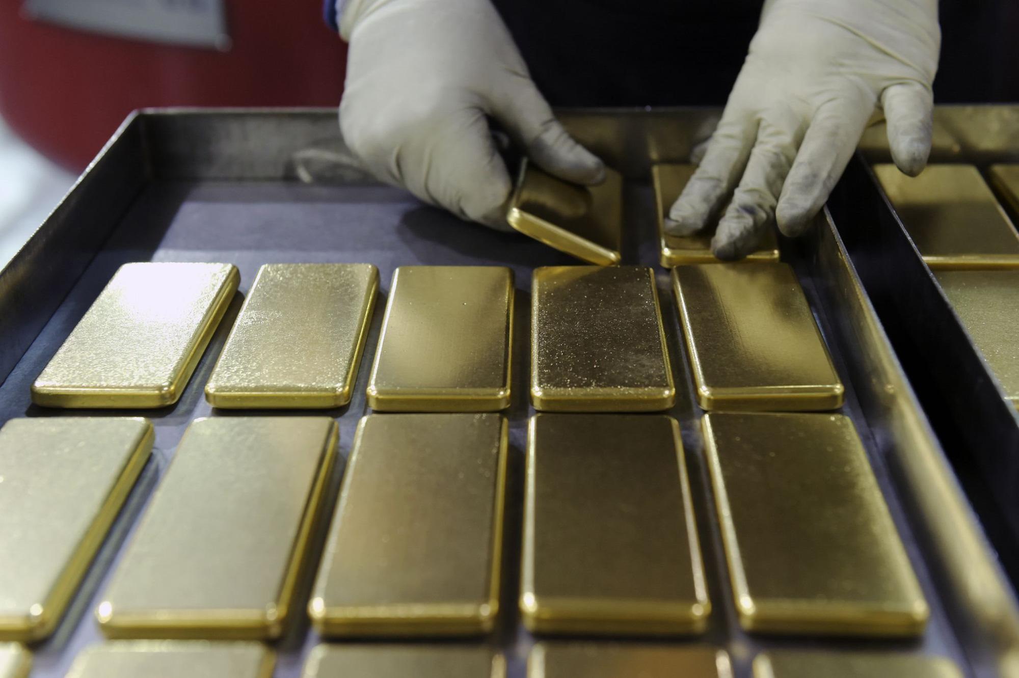 Giá vàng hôm nay 30/6 tiếp tục đà tăng - Ảnh 1.