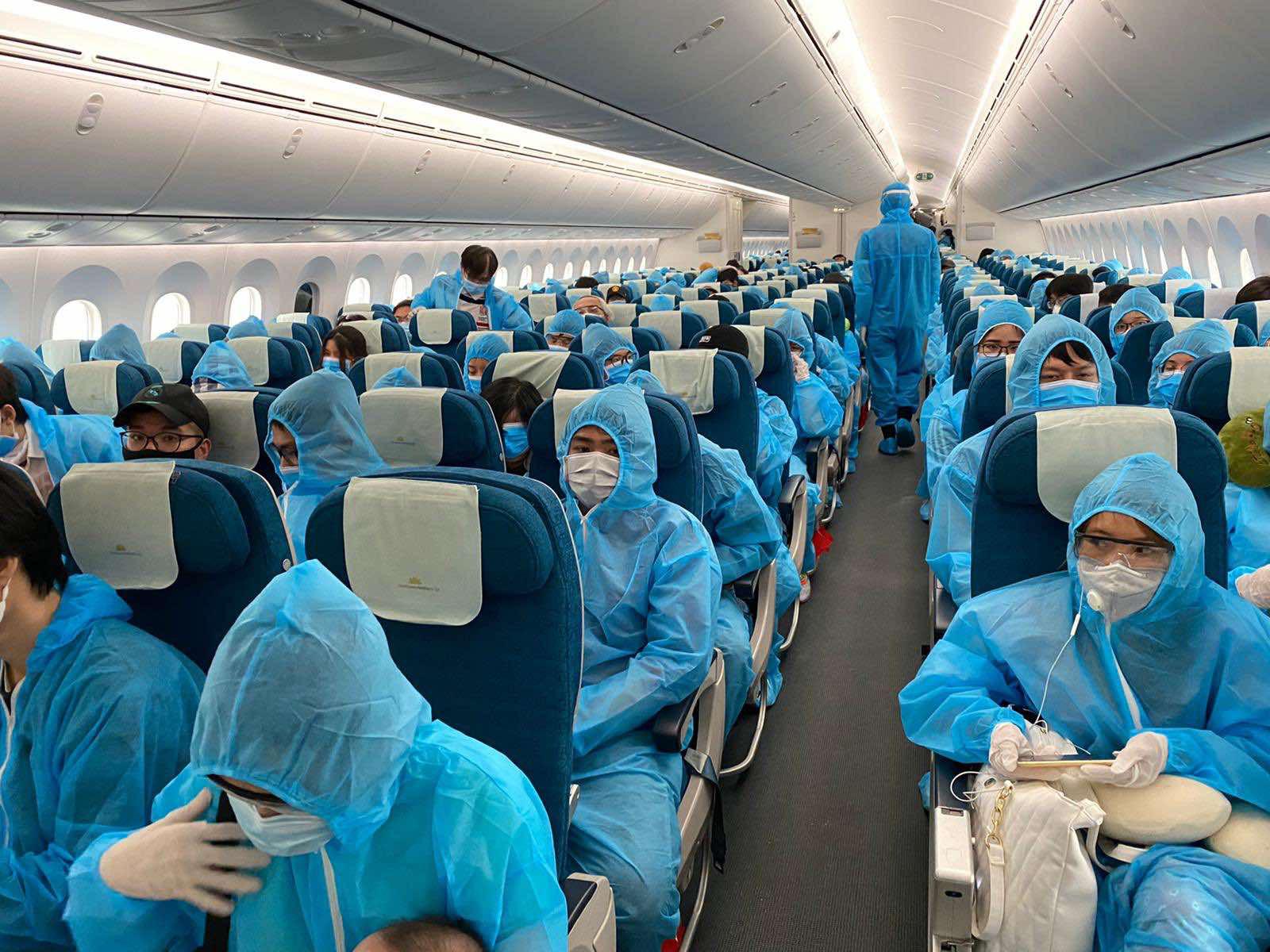 Sẽ có các chuyến bay chở nhiều công dân mắc kẹt tại nước ngoài về nước - Ảnh 1.