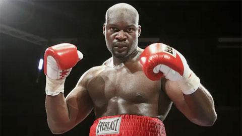 """""""Cỗ máy chiến tranh"""" Larry Olubamiwo: Võ sĩ nào cũng dùng chất cấm... - Ảnh 1."""