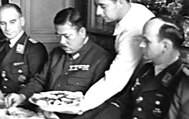 Vì sao Hitler bí mật gặp một hổ tướng của Nhật Bản trong Thế chiến 2   - Ảnh 1.