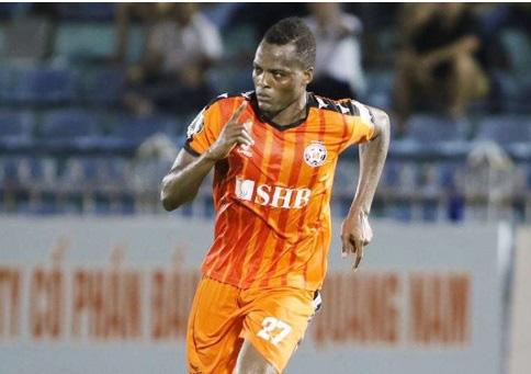 Thanh Hóa chia tay tiền đạo trưởng thành từ lò PSG, chiêu mộ Aime Gassissou - Ảnh 1.
