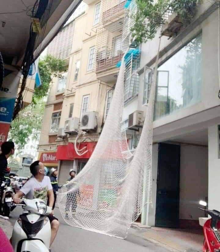 Di lý nghi phạm nguy hiểm dùng búa tấn công 2 chị em từ Hà Nội về Bình Thuận - Ảnh 3.