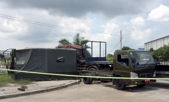 Xe đầu kéo tông xe biển số đỏ, 1 dân quân thiệt mạng - Ảnh 1.
