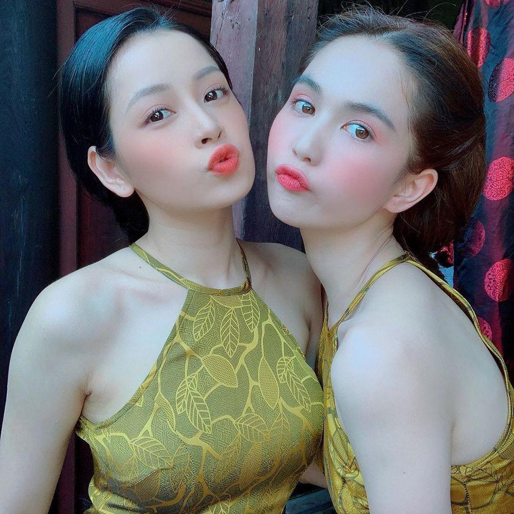 Dàn mỹ nhân mặc áo yếm quyến rũ hút mắt: Ngọc Trinh, Tăng Thanh Hà...