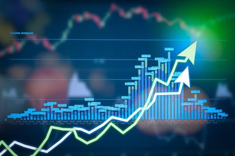 """Thị trường chứng khoán 8/6: Tiền cuồn cuộn """"chảy"""", VN-Index chinh phục hụt mốc 900 điểm - Ảnh 1."""