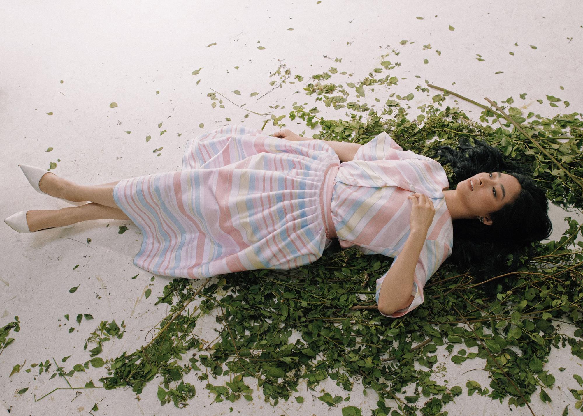 """Thoát khỏi hình ảnh gái quê trong """"Mẹ ghẻ"""", Mai Thanh Hà lột xác đầy quyến rũ  - Ảnh 3."""