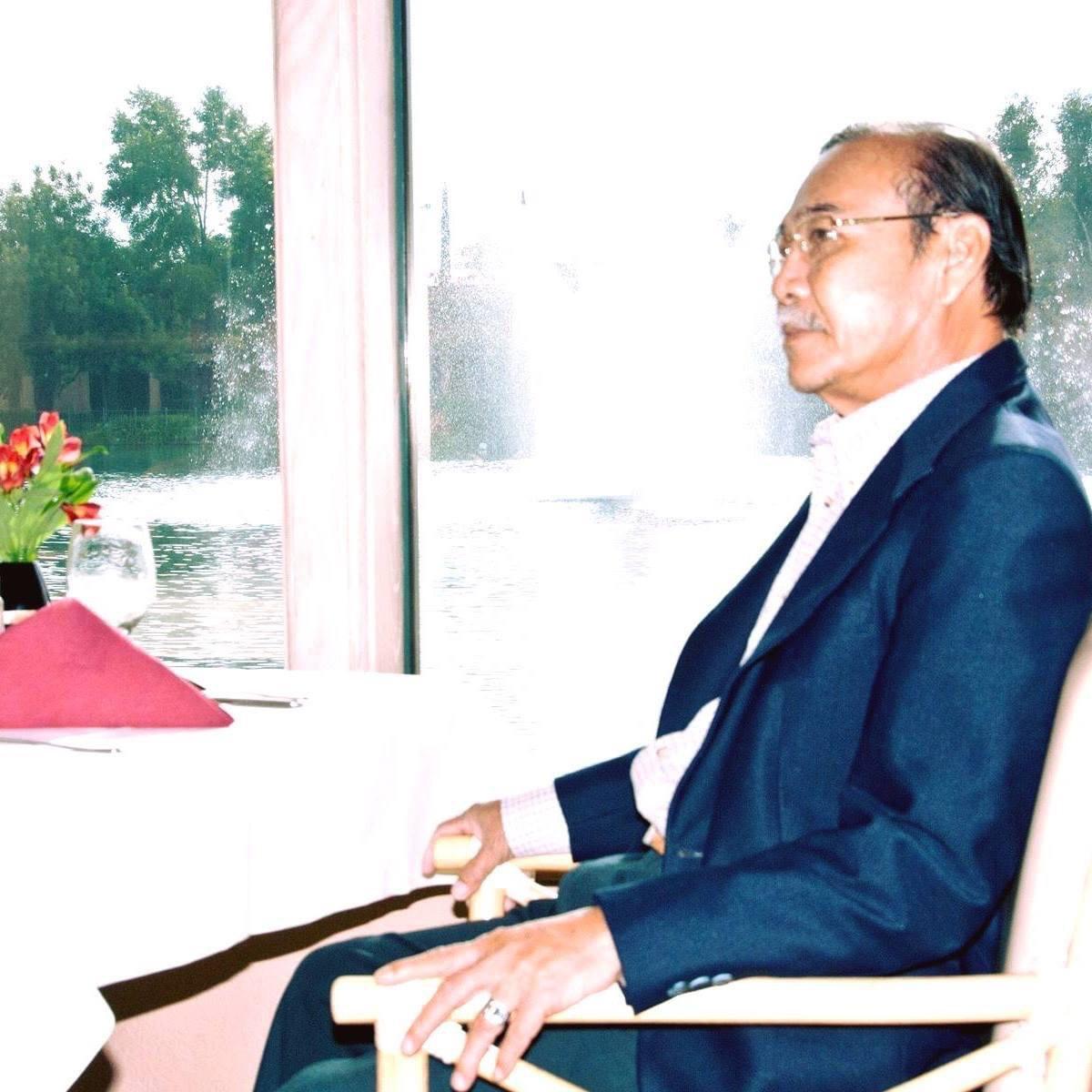 Ca sĩ Thu Phương, Hồng Nhung thương tiếc nhạc sĩ Trần Quang Lộc - Ảnh 1.