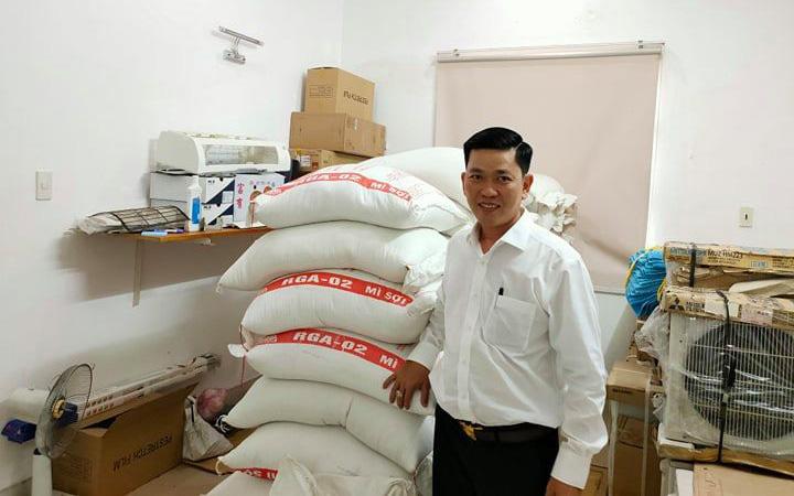 Dấu hiệu lừa đảo trong vụ mua 10 tấn gạo từ thiện, bị tráo hàng kém chất lượng?