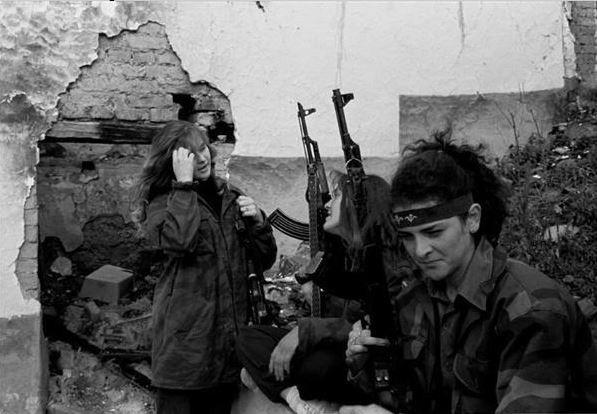Chiến tranh Nam Tư: Cuộc chiến đa sắc tộc kéo dài hai thế kỷ - Ảnh 4.