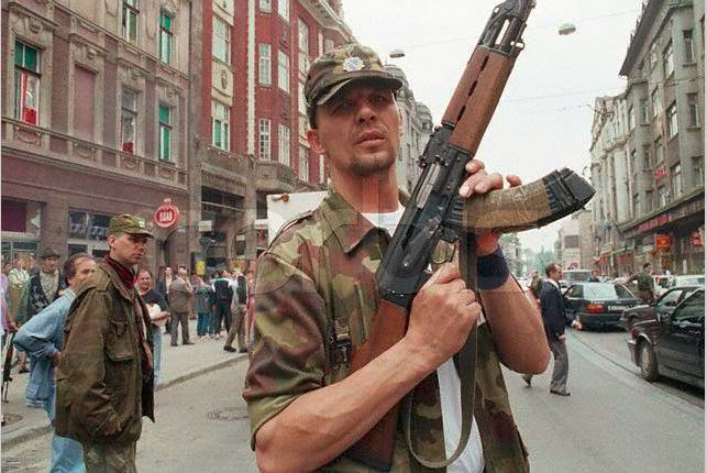 Chiến tranh Nam Tư: Cuộc chiến đa sắc tộc kéo dài hai thế kỷ - Ảnh 9.