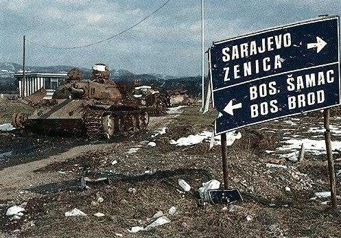 Chiến tranh Nam Tư: Cuộc chiến đa sắc tộc kéo dài hai thế kỷ - Ảnh 11.