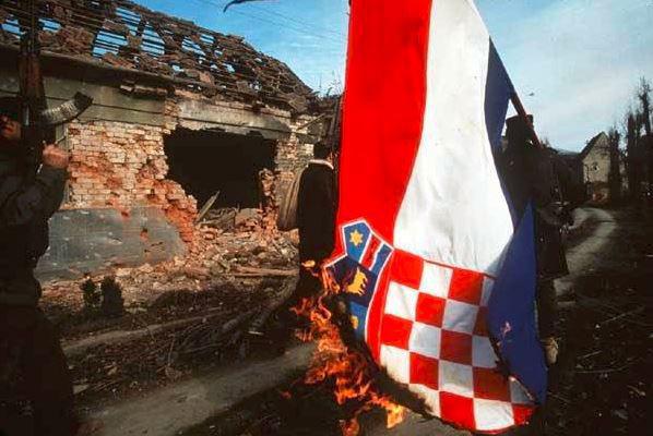 Chiến tranh Nam Tư: Cuộc chiến đa sắc tộc kéo dài hai thế kỷ - Ảnh 13.