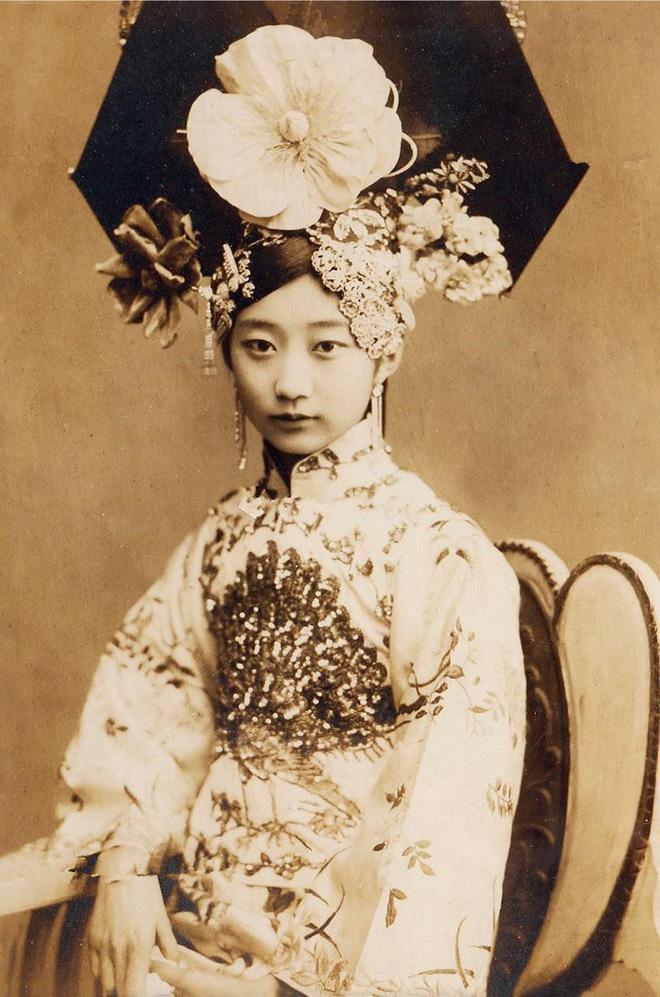 """Nhan sắc cung tần mỹ nữ Trung Quốc xưa """"lột xác"""", khác xa phim cổ trang? - Ảnh 10."""