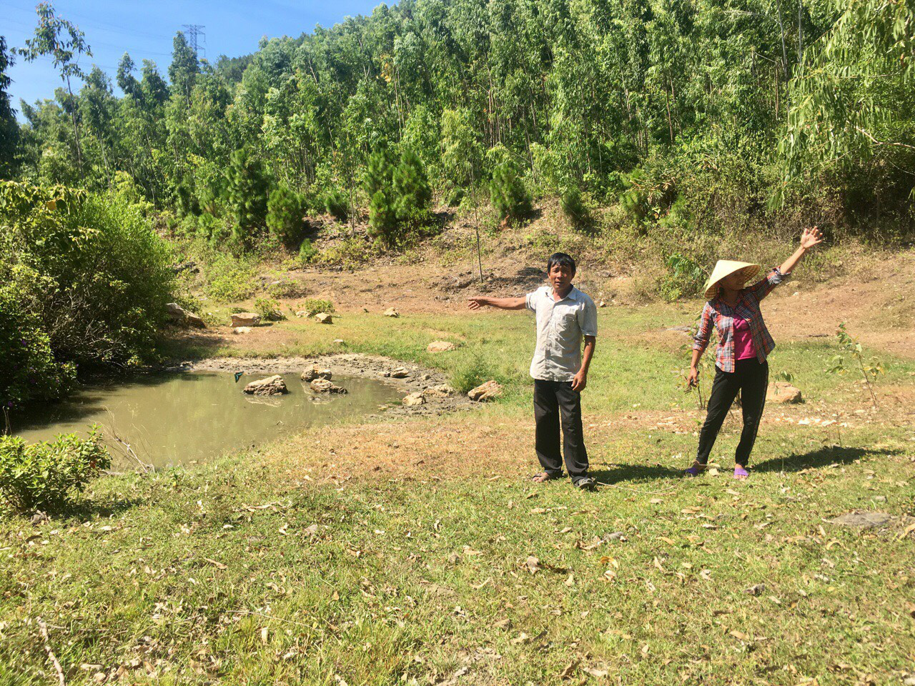 Quảng Bình: Dân nơm nớp lo sợ khi mỏ đá khe Lau đi vào hoạt động  - Ảnh 4.