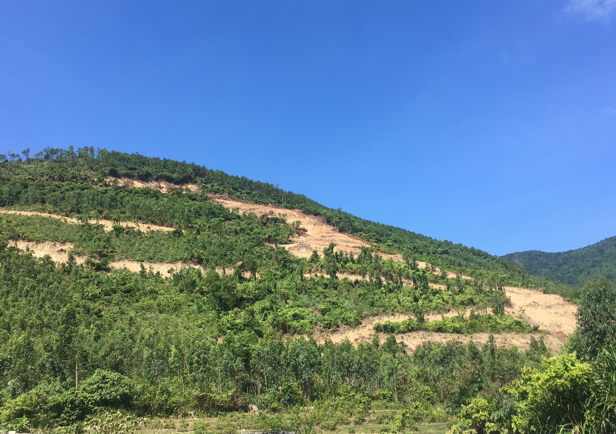 Quảng Bình: Dân nơm nớp lo sợ khi mỏ đá khe Lau đi vào hoạt động  - Ảnh 5.