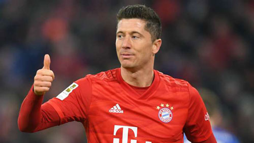 M.U cần 1 chân sút như Lewandowski.