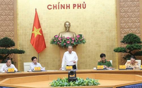 Phó Thủ tướng thường trực Trương Hòa Bình: Thanh tra mạnh việc sát hạch lái xe, kiểm định xe - Ảnh 1.