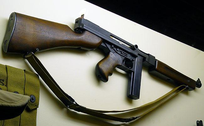 """Vì sao lính Mỹ """"ngó lơ"""" trống đạn 100 viên của tiểu liên Thompson? - Ảnh 6."""