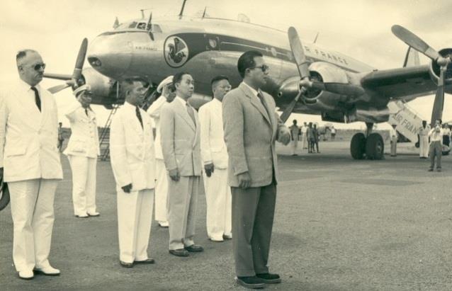 Giải mã bí mật vụ 2 phi công Pháp trộm máy bay tại Việt Nam - Ảnh 2.