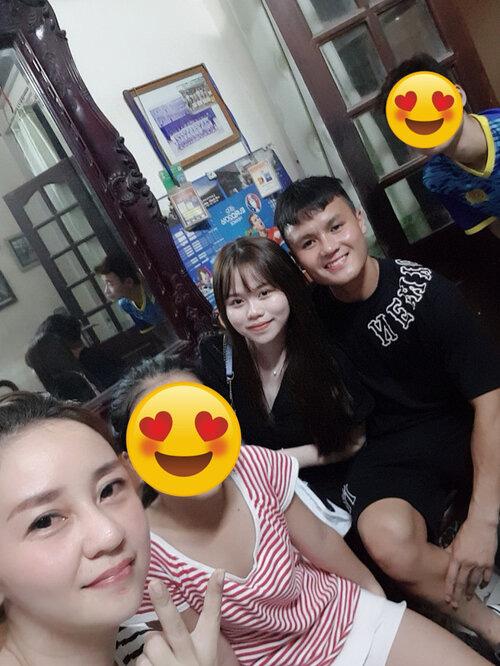 Tình mới Quang Hải ngầm công khai mối quan hệ thân thiết với gia đình bạn trai - Ảnh 2.