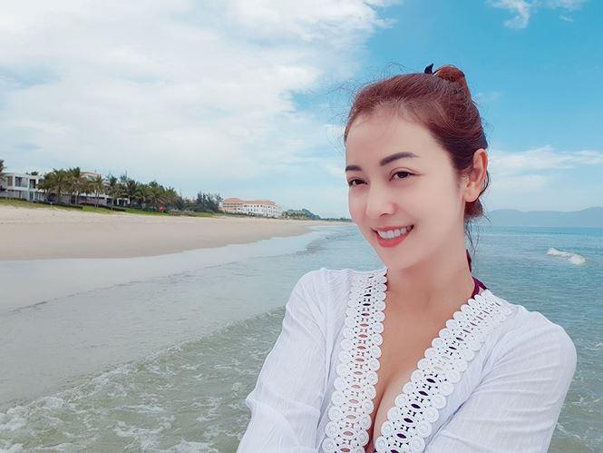 """""""Hoa hậu 4 con"""" dáng đẹp như thiếu nữ, triết lý về phụ nữ hạnh phúc gây """"sốt"""" mạng  - Ảnh 7."""