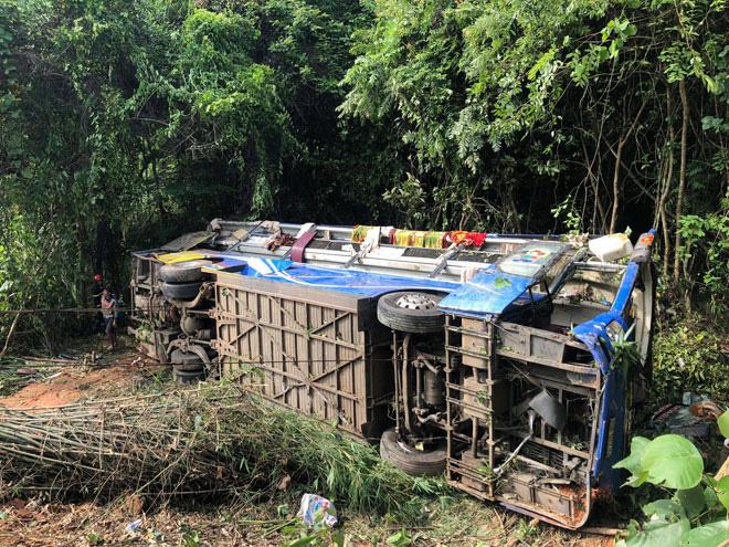 Tin tức 24h qua:Ô tô lao xuống vực và lao xuống biển 8 người chết,Bộ Công an chỉ đạo điều tra - Ảnh 1.