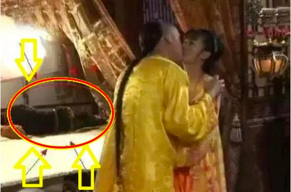 """Phim cổ trang Trung Quốc đình đám bị khán giả soi loạt sạn """"nhặt mỏi tay không hết"""" - Ảnh 1."""
