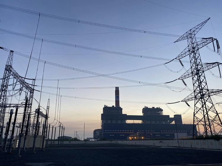 Dự án NMNĐ Sông Hậu 1: Đóng điện thành công nhiều công trình quan trọng - Ảnh 1.