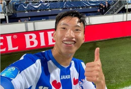 Đoàn Văn Hậu quay về Hà Nội FC, SC Heerenveen ngay lập tức... trả giá - Ảnh 1.