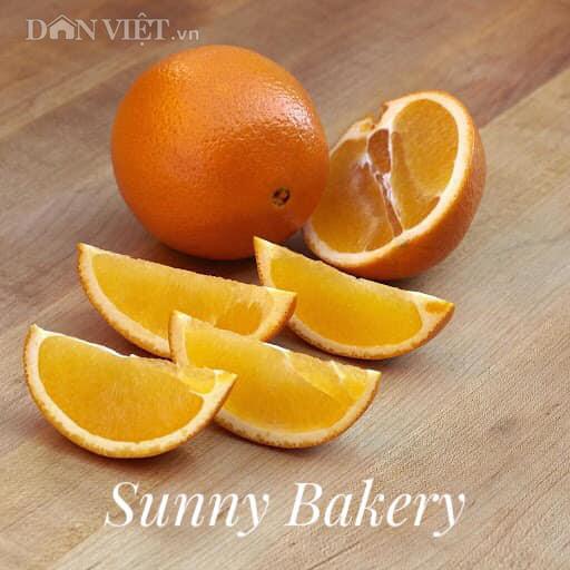 Cách làm bánh bông lan cam vàng ngon lành cho bữa sáng - Ảnh 1.