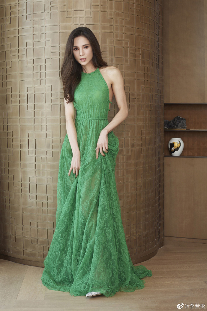 Mỹ nhân phim cổ trang Trung Quốc hóa tân nương đẹp hút mắt tuổi U50, khó tin vẫn độc thân - Ảnh 6.