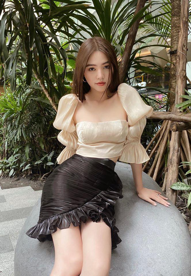 """Hoa hậu người Việt tại Úc Jolie Nguyễn gây """"bỏng mắt"""" mỗi lần mặc bikini quyến rũ - Ảnh 14."""