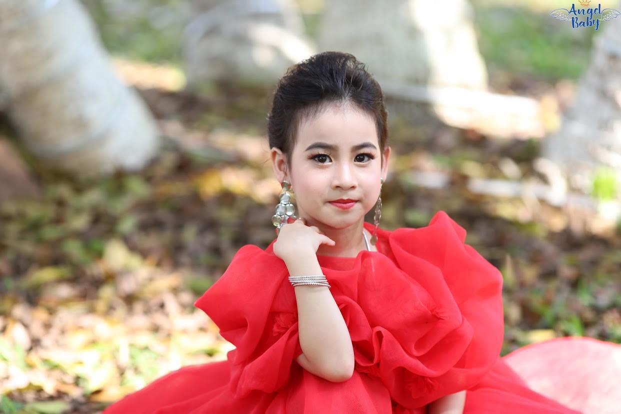 Lê Hoàng Bảo Trâm: Sao nhí tí hon toả sáng tuổi lên 6 - Ảnh 1.
