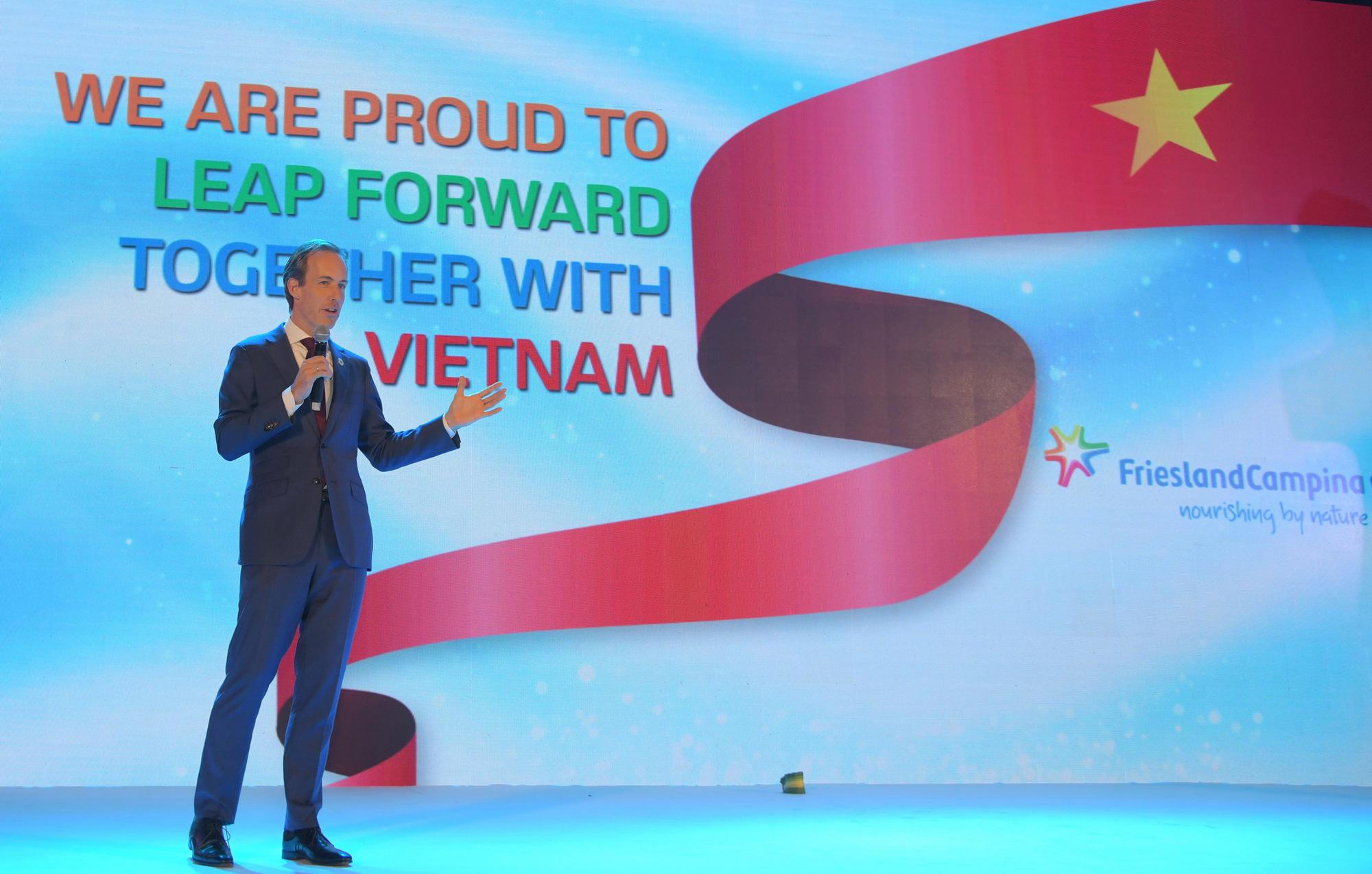 """FrieslandCampina Việt Nam đánh dấu 25 năm hoạt động thành công với sứ mệnh """"Vì một Việt Nam vươn cao vượt trội"""" - Ảnh 2."""