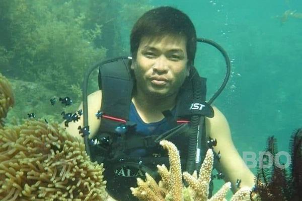 """Bình Định: Khách du lịch đã kéo về cái làng này để nông dân dẫn đi ngắm """"rừng dưới biển"""" - Ảnh 1."""