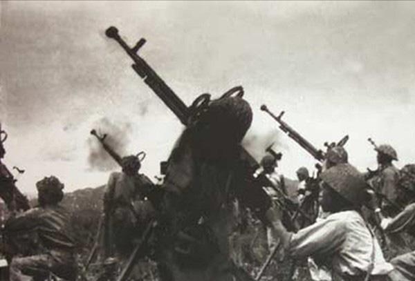 """Vì sao đại liên DShK 12,7mm là """"huyền thoại"""" trong lịch sử chiến tranh? - Ảnh 13."""