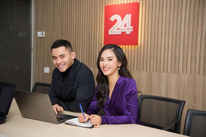 """Nữ MC mới dẫn """"Chuyển động 24h"""" của VTV vừa lên sóng đã gây """"sốt"""" mạng là ai? - Ảnh 3."""