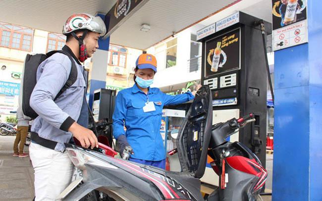 Quyết định chi Quỹ Bình ổn, giá xăng RON95 và một số loại dầu giảm nhẹ - Ảnh 1.