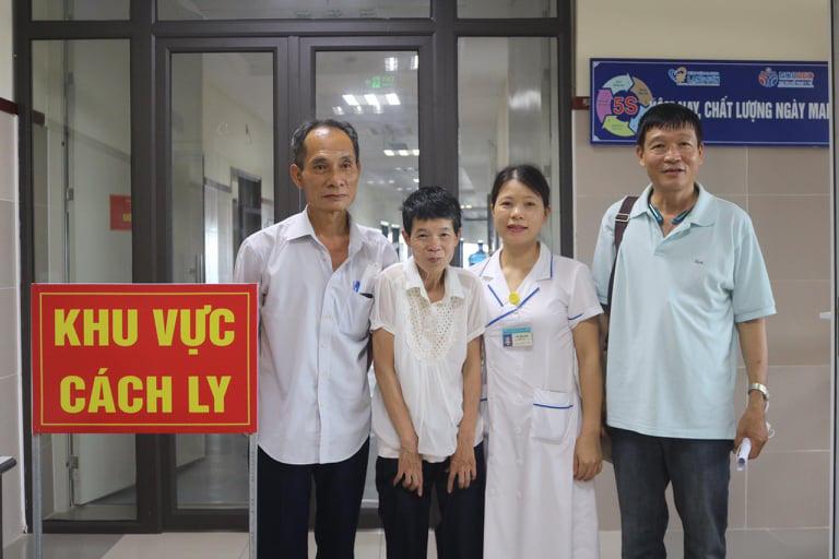 Lạng Sơn: Người phụ nữ 24 năm thất lạc tìm được gia đình tại khu cách ly bệnh viện  - Ảnh 1.