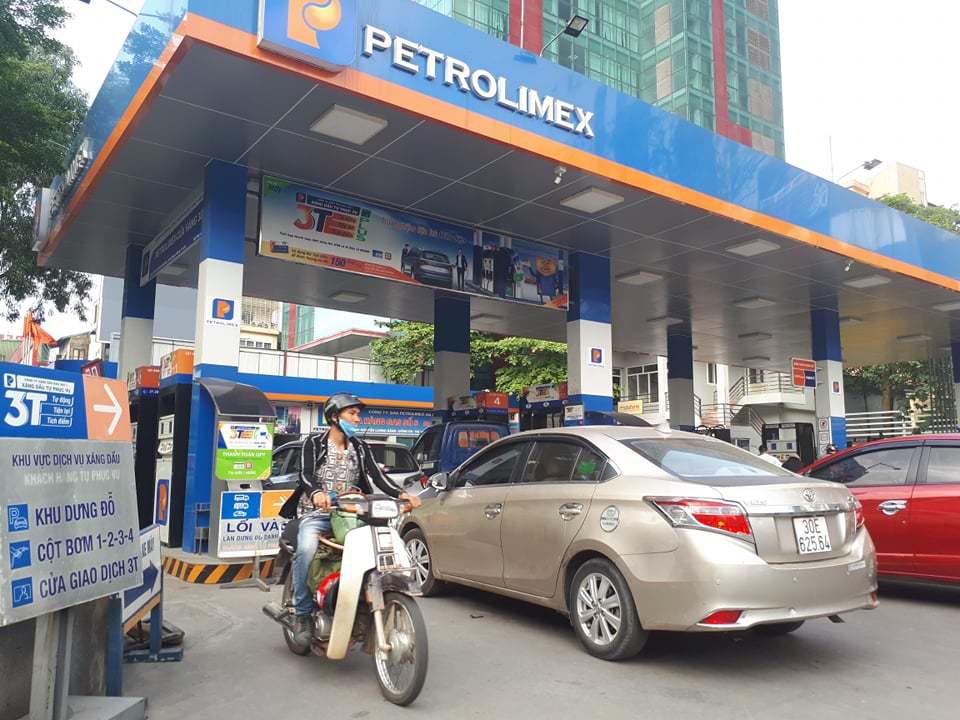 Thay đổi cách tính giá xăng dầu, 1 mặt bằng giá mới cho toàn dân - Ảnh 1.