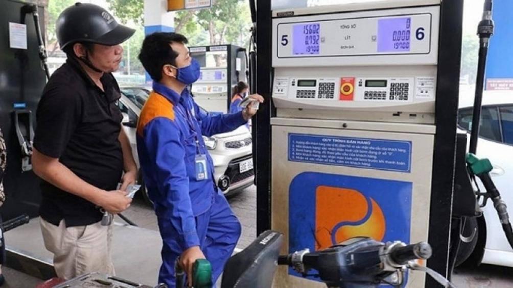 Thay đổi cách tính giá xăng dầu, 1 mặt bằng giá mới cho toàn dân - Ảnh 2.