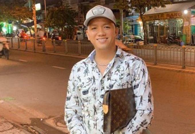"""Truy nã Trí """"nhảm"""", người cầm đầu 200 thanh niên áo cam đập quán Ốc Hương - Ảnh 2."""