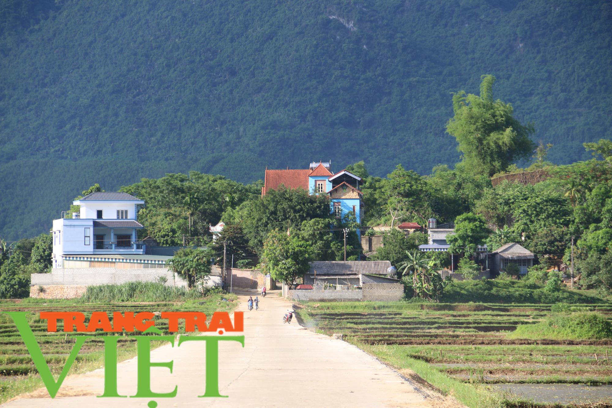 Kim Bôi huy động sức dân xây dựng nông thôn mới - Ảnh 2.