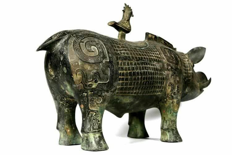 Nông dân đào móng xây nhà tìm được bảo vật quốc gia và duy nhất, mở ra truyền thuyết cảm động về lợn đồng  - Ảnh 1.
