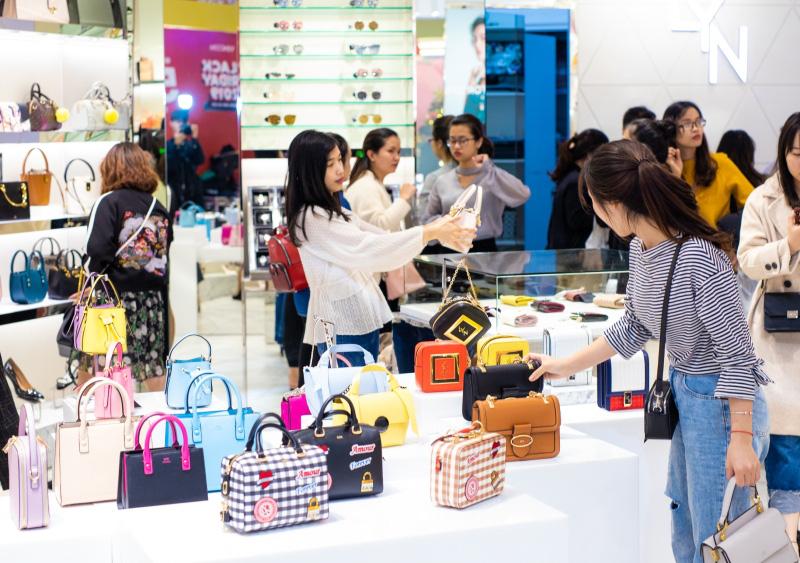 Vietnam Grand Sale 2020: Vincom siêu ưu đãi lên tới 100% toàn hệ thống - Ảnh 2.