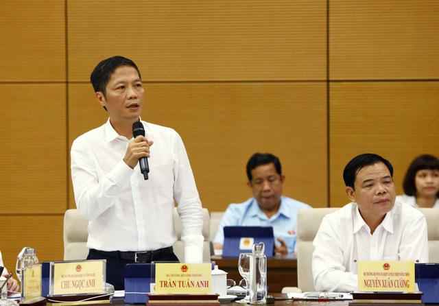 Bộ trưởng Bộ Công Thương: Cho phép khuyến mãi giảm giá 100%, không giữ trần - Ảnh 1.