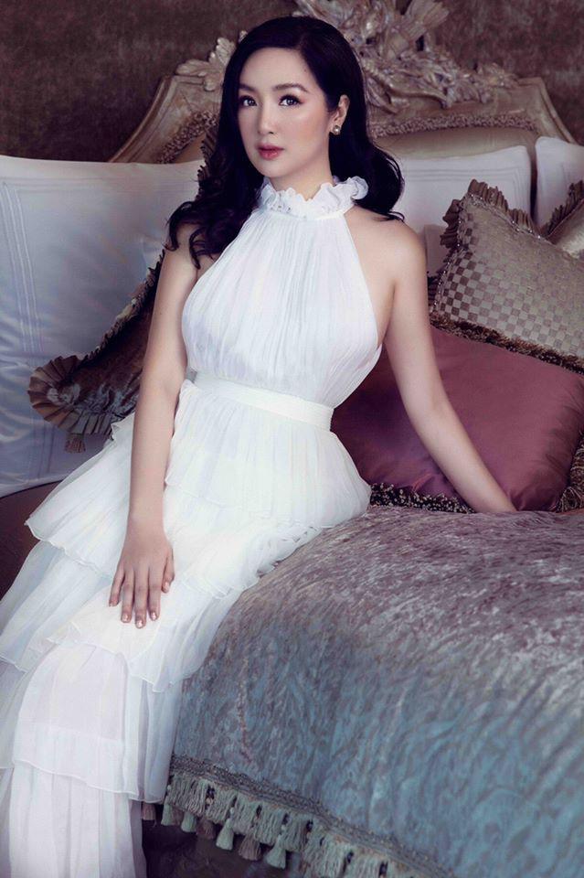 """Tuổi 49, Hoa hậu Giáng My """"gây mê"""" người nhìn nhờ vẻ đẹp tựa nữ thần - Ảnh 1."""